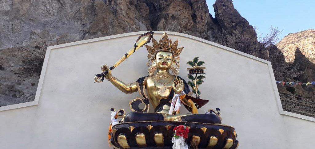Poklon Himalaji Barbara Popit